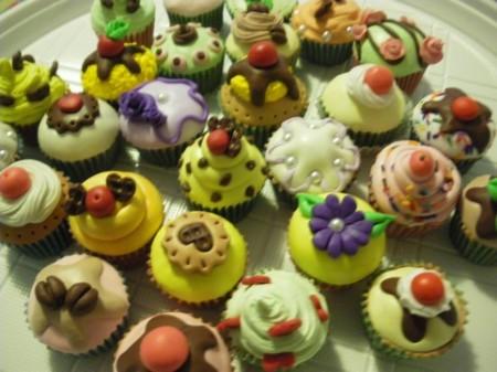 bomboniere cupcakes in fimo: segnaposto, portafoto
