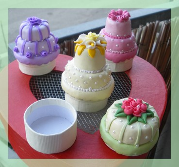 MINI WEDDING CAKE  (5/6)
