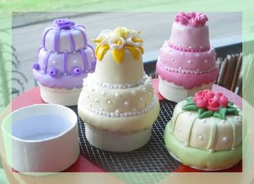 MINI WEDDING CAKE  (2/6)