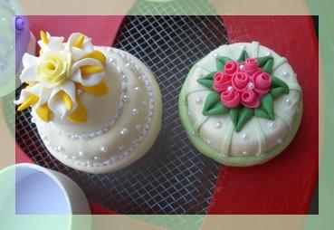 MINI WEDDING CAKE  (1/6)