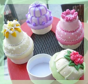 MINI WEDDING CAKE  (3/6)